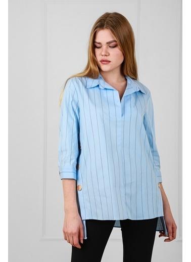 JEANNE D'ARC Çizgili Pamuk Kumaş Çıtçıt Detaylı Kısa Kol Bluz  Turkuaz